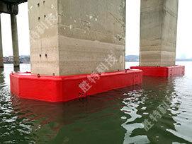 自浮式复合材料桥梁防撞设施